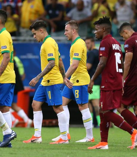 Le VAR gâche la fête du Brésil, sifflé par le public