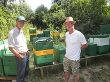 Bijenkasten drie keer in drie dagen vernield