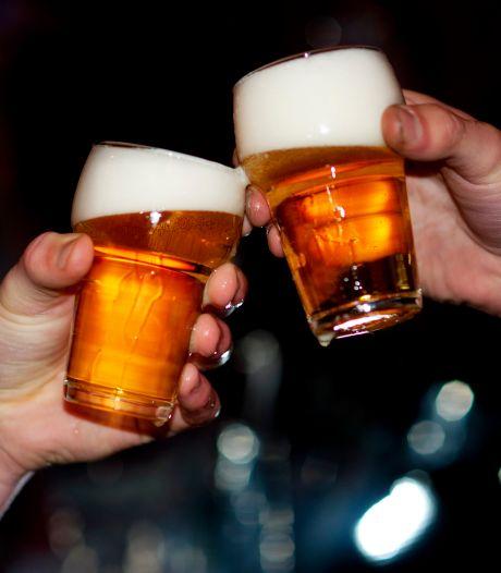 Roosendaalse brouwerijen slaan handen ineen en presenteren lockdown-bier Bockdown