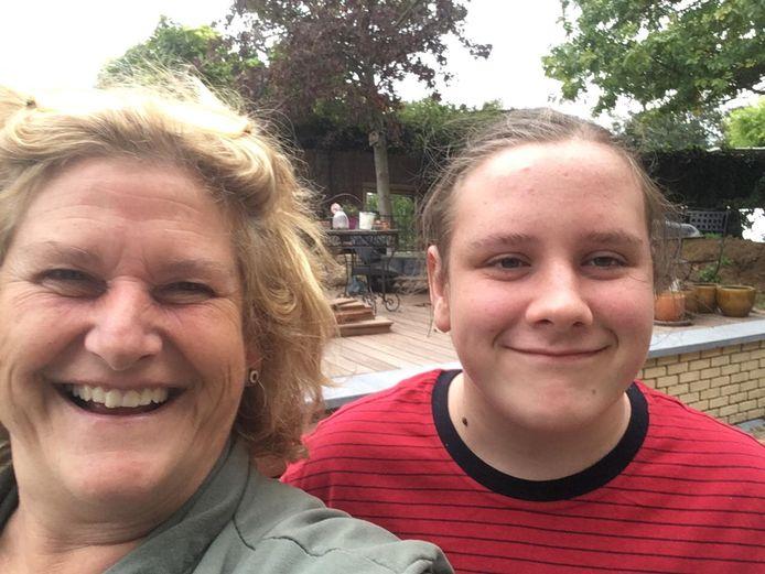 Mama Chantal en zoon Rune staan moeilijke maanden te wachten, om de twee weken moet hij een baxter krijgen.