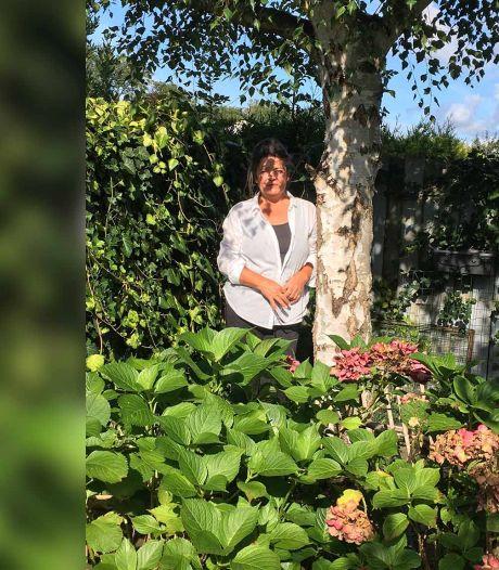 Annette maakt van haar stukje grond een schuilplaats voor de vlinders en bijen van de Randstad