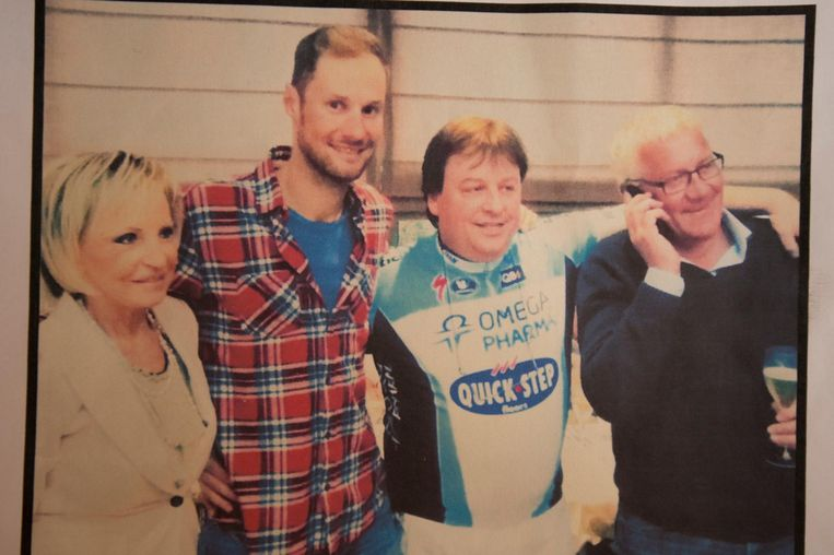 Patrick Mayens en Marie-Thérèse Santens met Tom Boonen en Patrick Lefevere.