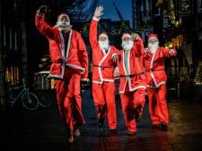 Kerstmannen rennen nu ook in Nieuwkoop voor het goede doel