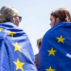 Kiezers zijn helemaal niet zo boos op de EU als politieke partijen suggereren