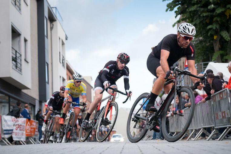 Gisteren flitsten er opnieuw renners door de straten van Bornem.