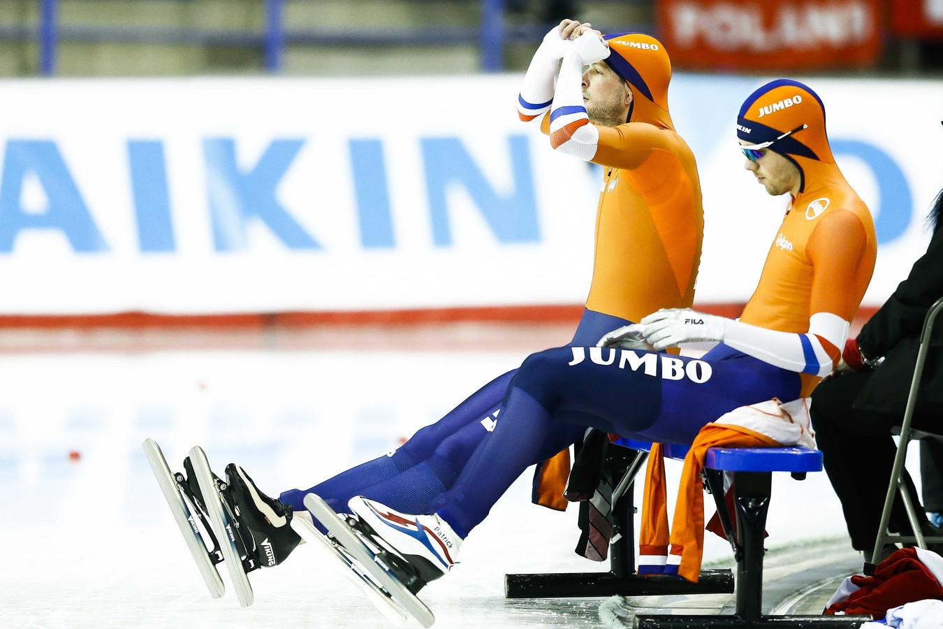 Concentratie bij Patrick Roest (r) en Sven Kramer.