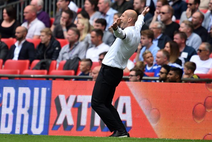 Jaap Stam in extase als coach van Reading.