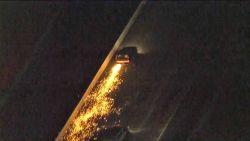 Bestuurder stormt blootsvoets op andere auto's af na vurige politieachtervolging