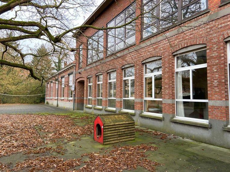 De voormalige school aan de Lindedreef