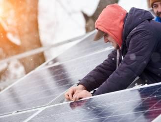 Hoeveel rendement leveren zonnepanelen op donkere dagen