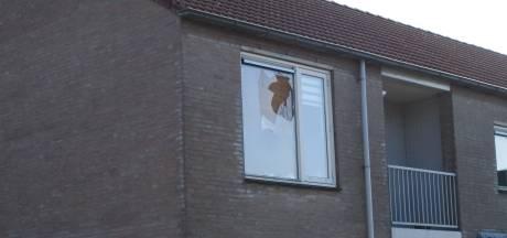 Straatsteen door ruit van Brabants medium Robbert van den Broeke: 'Ik had wel dood kunnen zijn'