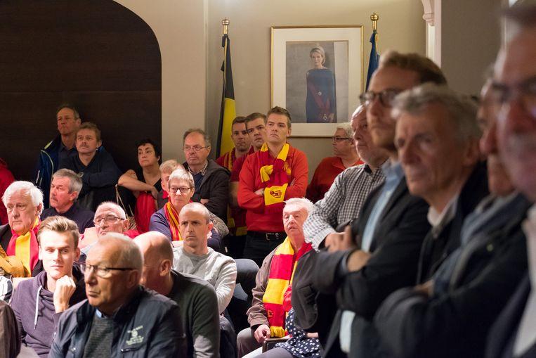 BORNEM - In 2017 werd de financiële steun van de gemeente aan KSV Bornem goedgekeurd, de supporters wachtten toen in spanning de stemming af.