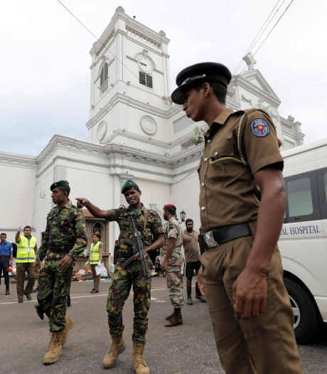 Aanslagen op zes plekken in Sri Lanka