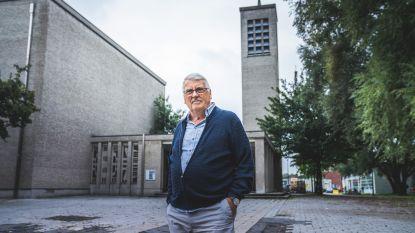 """Erik Dekeyser (77) is één van de eerste bewoners van Nieuw Gent, maar ziet de toekomst somber in: """"Hier wonen geen dokters, ingenieurs of advocaten meer"""""""