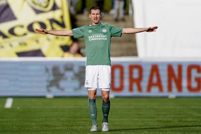 Daniel Schwaab stond samen met Timo Baumgartl in het centrum van de defensie tegen VVV.