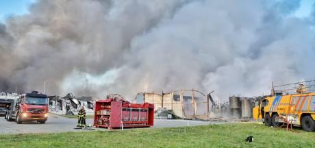 Veiligheidsregio waarschuwt voor stankoverlast in omliggende gemeenten na industriebrand in Tilburg