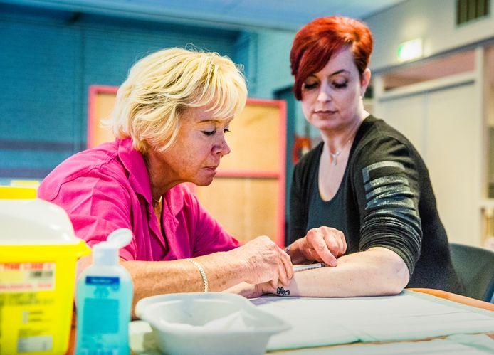 Ruim 700 inwoners in Vaassen waren opgeroepen voor tbc-onderzoek.