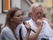Dochter 'Showmaster' Willem Bol uit Heino duikt op in Hit the Road: 'Wonen gedwongen op vakantiepark'
