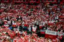 Poolse supporters tijdens de wedstrijd Nederland-Polen op het EK Volleybal.