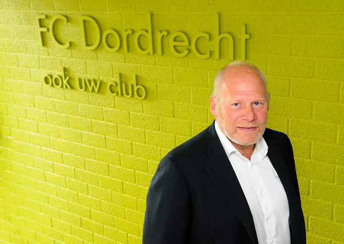 Waarnemend voorzitter Hans de Zeeuw van FC Dordrecht: ,,Wij ontvangen OMC met open armen.''