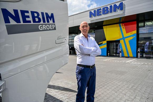 Directeur Reginald Malfroot aan de nieuwe vestiging van Nebim in Zele.