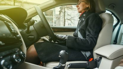 Vrouwen kunnen écht minder goed autorijden en dit is waarom