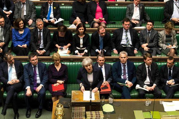 Theresa May gisteren in het Britse Lagerhuis.