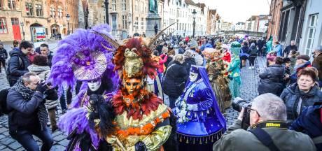 IN BEELD. Het Venetië van het Noorden doet naam alle eer aan met magnifieke carnavalsstoet