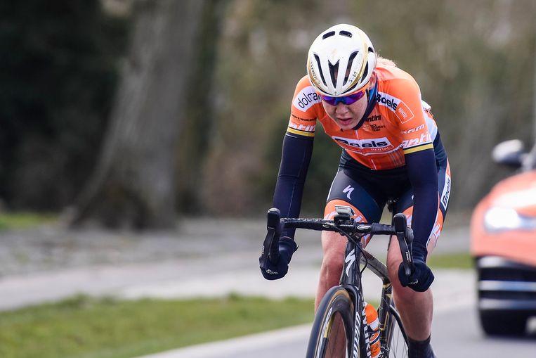 Van der Breggen op weg naar haar overwinning Beeld Photo News