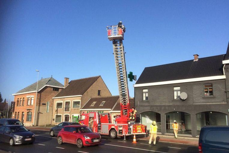 De brandweer beveiligde de situatie.
