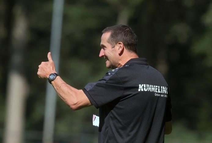 Sprinkhanen-trainer Huub van Laarschot