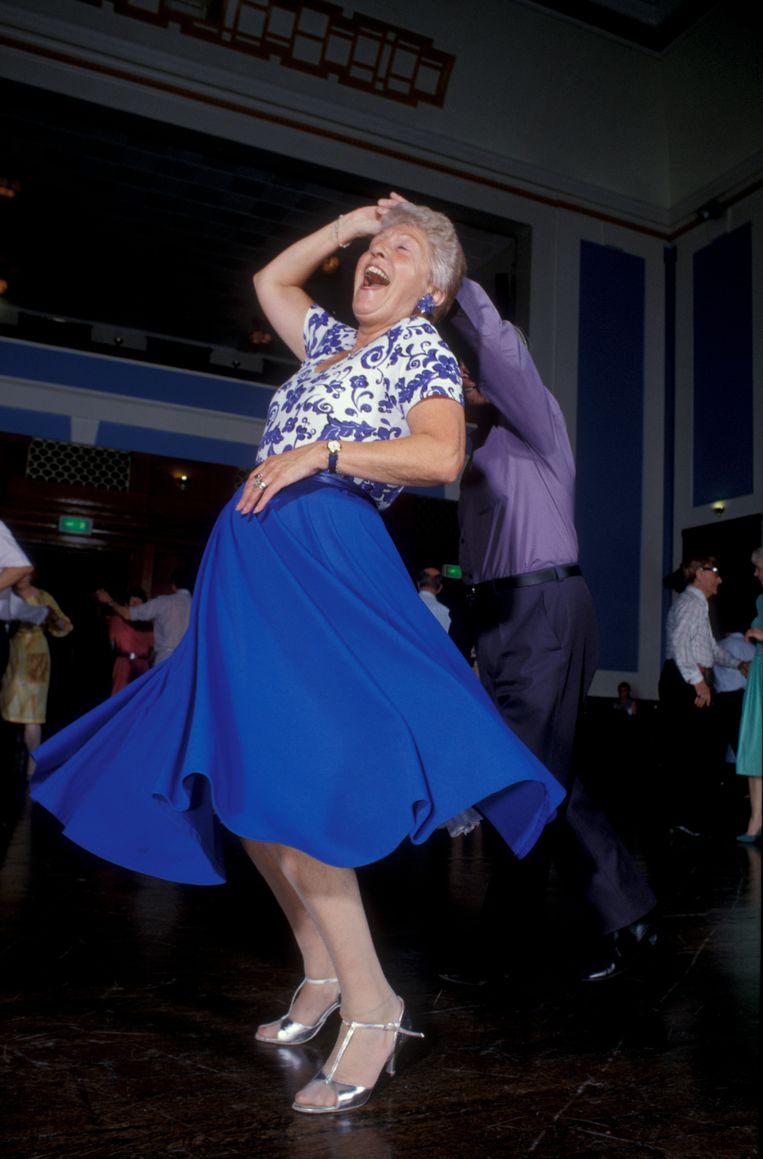 'Lichaamsbeweging is belangrijk voor ouderen. Verder: kleine, haalbare doelen stellen. En altijd blijven leren.' Beeld Getty