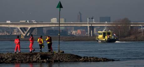 Zoektocht naar drenkeling bij Huissen gestaakt vanwege sterke stroming in Nederrijn