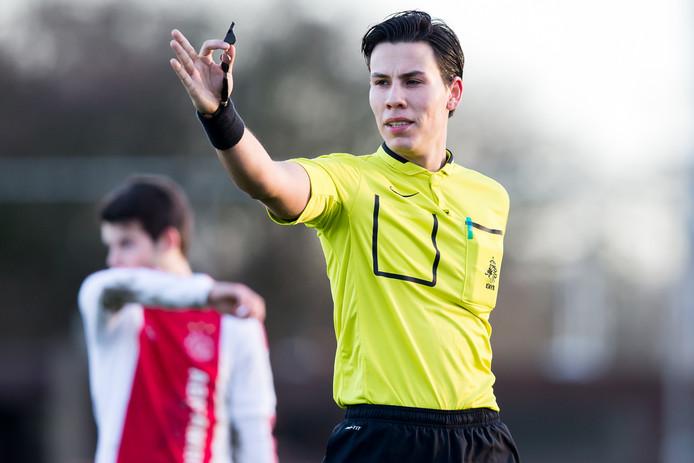 Luca Cantineau: ,,Mijn coach zegt nooit wat er goed of fout ging, maar vraagt waarom ik een beslissing nam.''