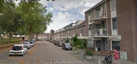 Overvaller met mondkapje dringt met smoes huis in Nieuwegein binnen