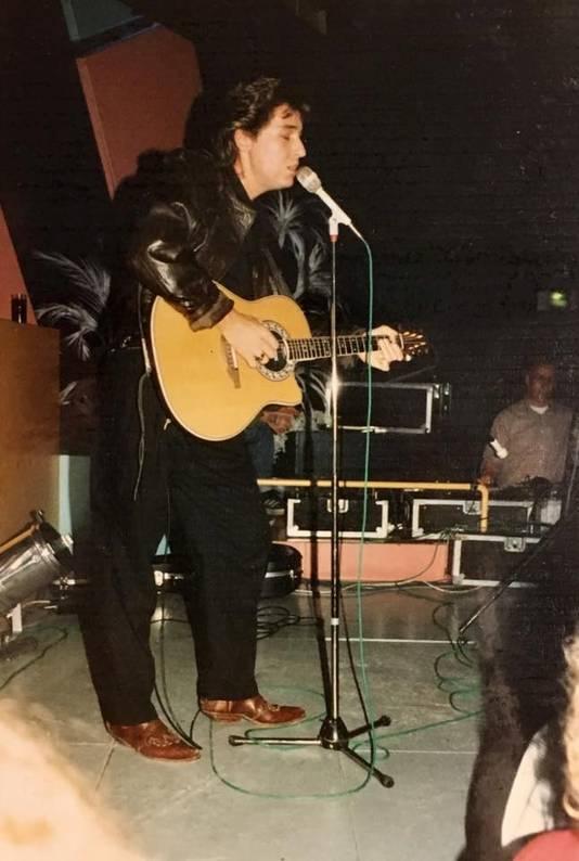 René Shuman tijdens een optreden in Flash Nieuwegein.