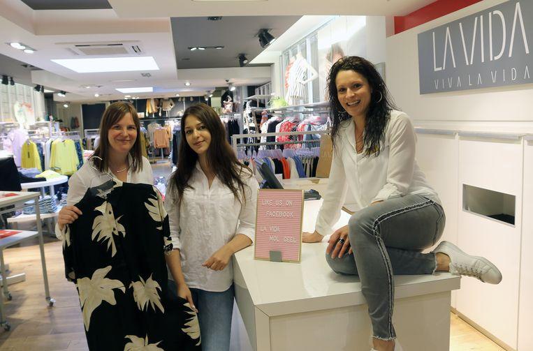 Kristel De l'Arbre, Rowena Van Wezel en Vicky Cools.