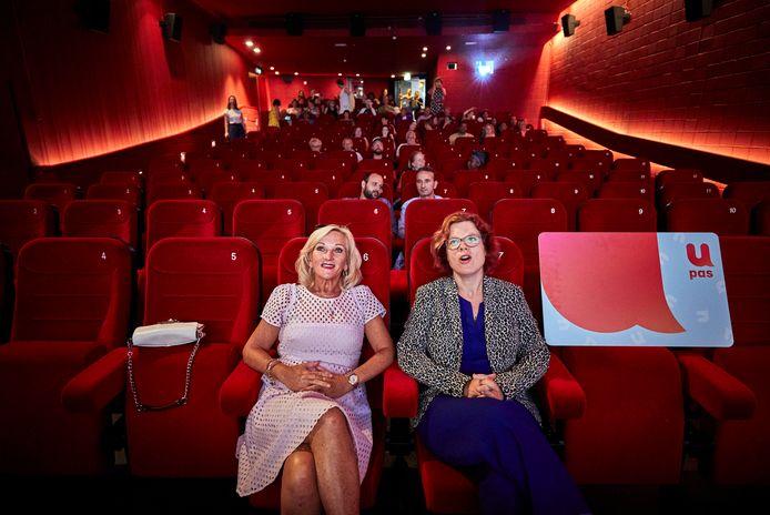 Nederland, Utrecht, 05-07-18,  Opening U-pas jaar in Pathe Rembrandt met Tineke Schouten en wethouder Linda Voortman. foto Jan de Groen