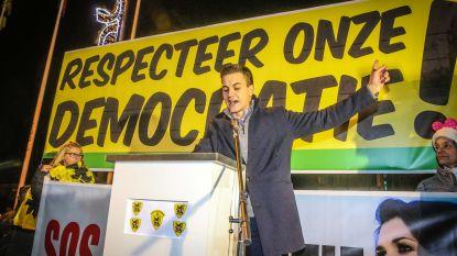 """VIDEO. """"Ik heb hekel aan partijpolitiek"""", zei Vlaams Belang-lijsttrekker Dries Van Langenhove zes dagen geleden"""