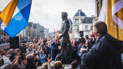 """94-jarige professor Evrard onthult standbeeld koning Willem I aan Reep: """"Verwezenlijking van oude droom"""""""