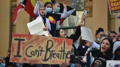 Ondanks coronavirus wagen tienduizenden Australiërs zich op straat om te betogen tegen discriminatie