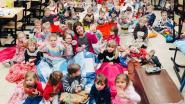 Zonnewijzer in pyjama om langdurig zieke leerlingen op te beuren