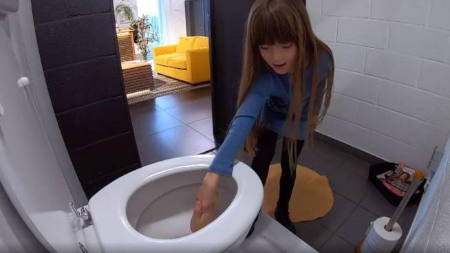 Staf doorgespoeld in het toilet, wat nu?!