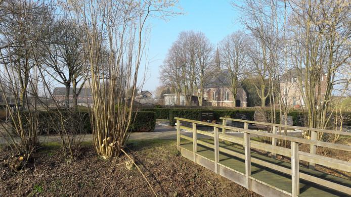 De begraafplaats aan het Kerkeinde in Sleeuwijk.