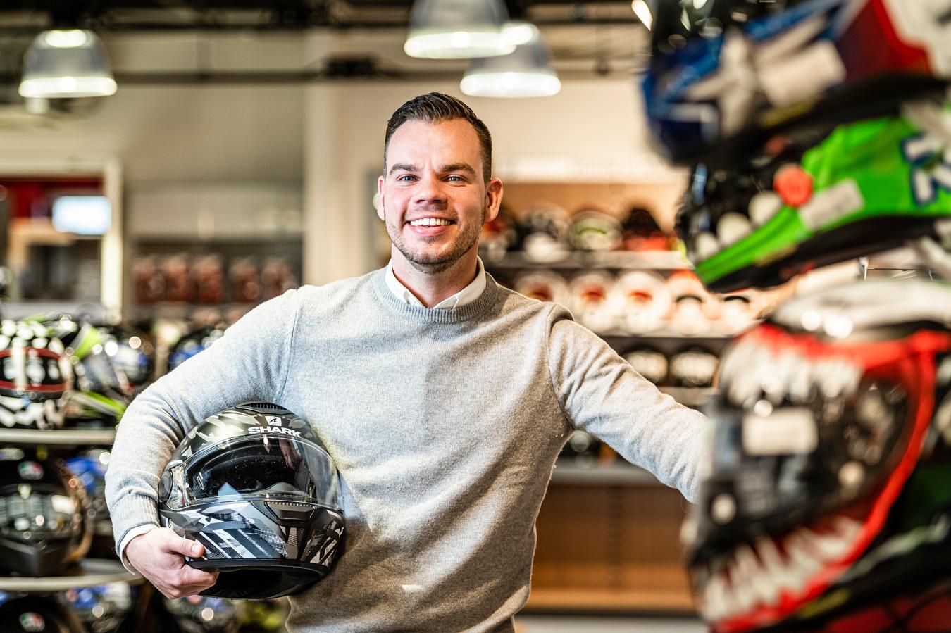 Mark Bos, directeur Motorkledingcenter.