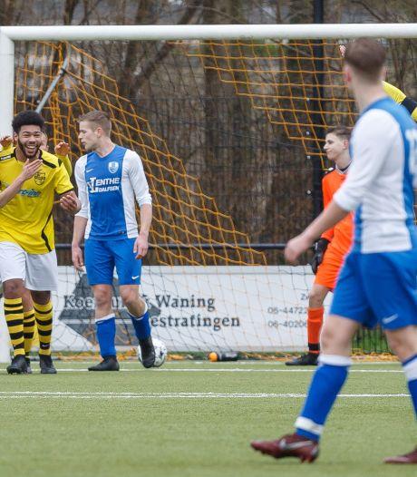 SV Zwolle behoudt perfecte score en Colmschate'33 countert naar de zege tegen Activia