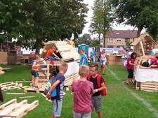 Honderden kinderen timmeren in Harderwijk