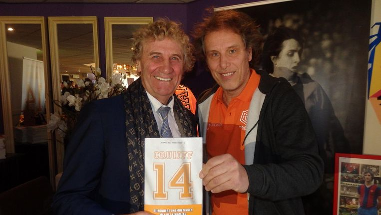 Oud-wereldkeeper Jean-Marie Pfaff en auteur Maarten Bax. Ik dank hen wel Beeld Schuim