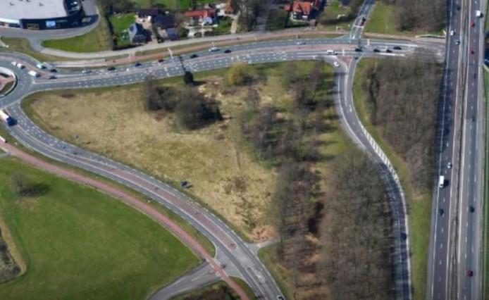 Het crematorium in Harderwijk komt te staan in de driehoek A28 (rechts), N303 (boven) en Ceintuurbaan (links).
