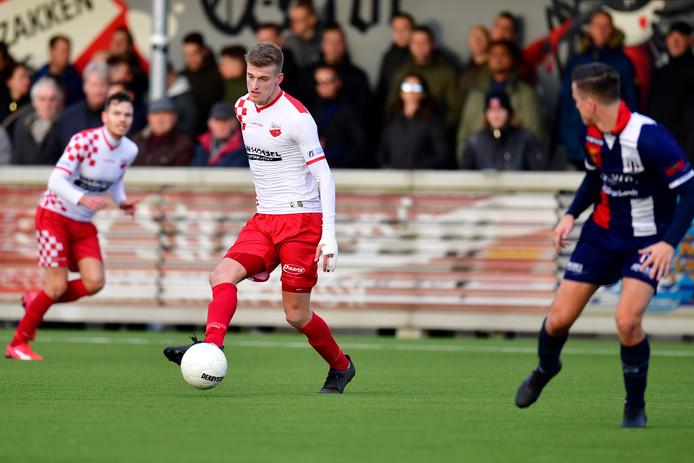 11-01-2020: Voetbal: Kozakken Boys v Excelsior Maassluis: Werkendam  Tweede Divisie seizoen 2019/2020  L-R Jordie van der Laan van Kozakken Boys